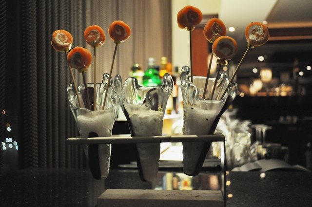 lollipop_holder_Glass_Studio_Glo_Cocktail_Bar_Renaissance_Doha