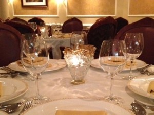 Glass votive candle holders for restaurants