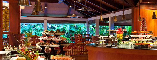 Buffet Set Up At Sheraton Maldives Full Moon Resort Spa