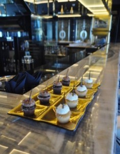 gold-serving-platter-cupcakes-Glass-Studio-Vault-JW-Marquis-Dubai-e1363869004824