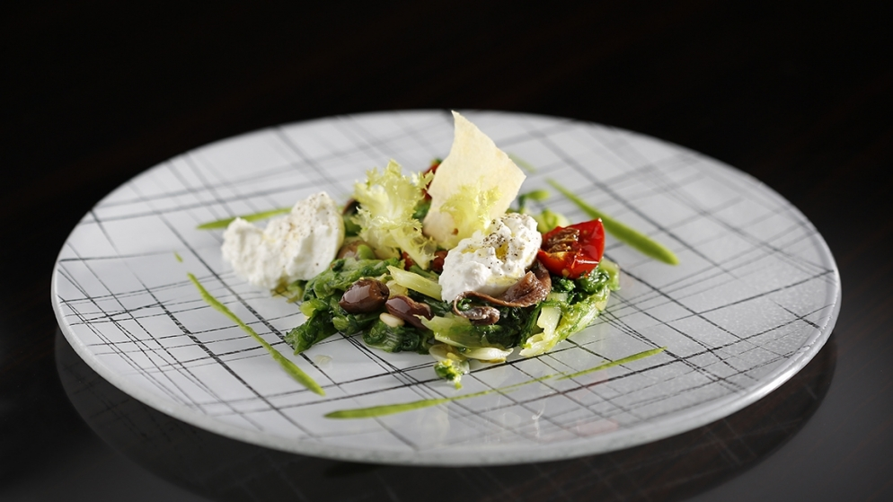 white glass salad plate