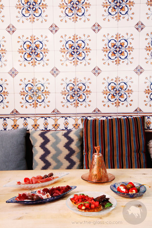 How to Create A Modern Moroccan Table Setting